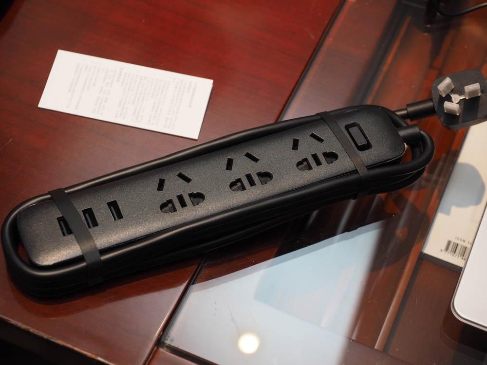 小米插線板(3孔+3孔USB)-4190990