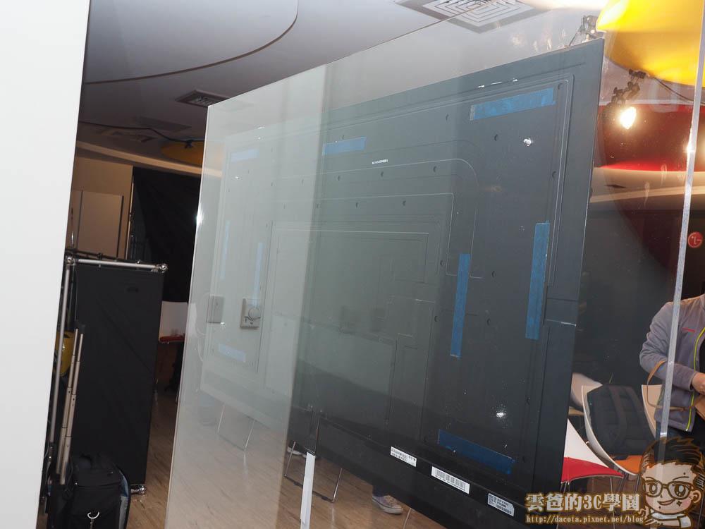 LG OLED TV-64