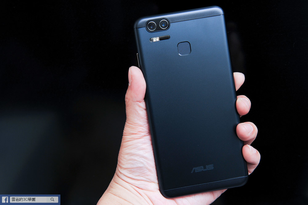 5000mAh爽快大電量 - ZenFone 3 Zoom 開箱、評測、實拍照-24