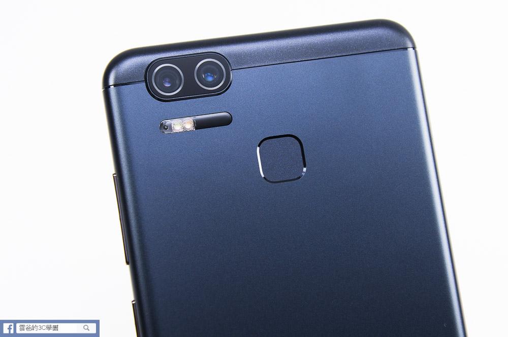 5000mAh爽快大電量 - ZenFone 3 Zoom 開箱、評測、實拍照-15