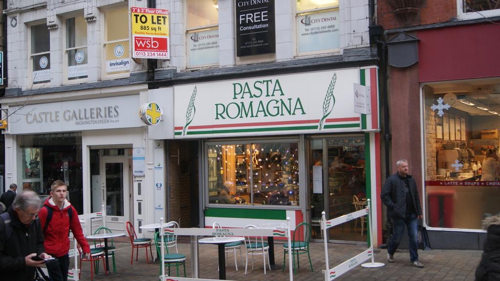 Pasta_Romana,_Albion_Place,_Leeds_(17th_December_2012)