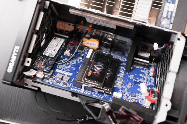 技嘉 BRIX Gaming UHD 超微型電競電腦套件-102