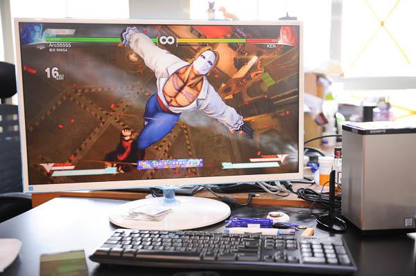 技嘉 BRIX Gaming UHD 超微型電競電腦套件-73
