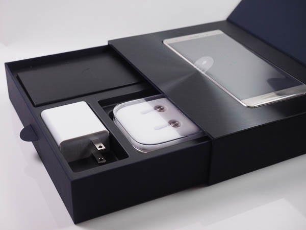 ZenFone 3 Deluxe 開箱、評測、實拍照-6