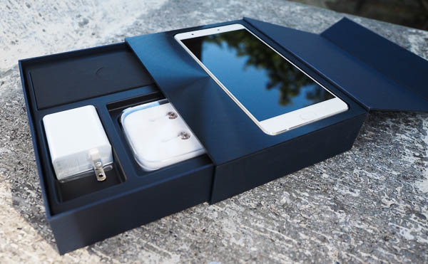 ZenFone 3 Ultra 開箱、評測-24