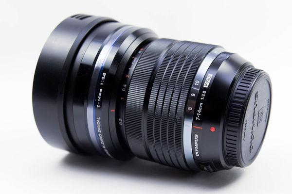 開箱-OLYMPUS 7-14mm F2.8 PRO-9