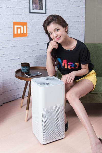小米台灣今發佈智慧家電小米空氣淨化器2,自動調節風速,售價3995元,預計7月底於小米台灣官網發售。