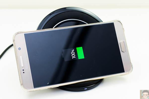 Samsung 直立式無線閃充充電座-16