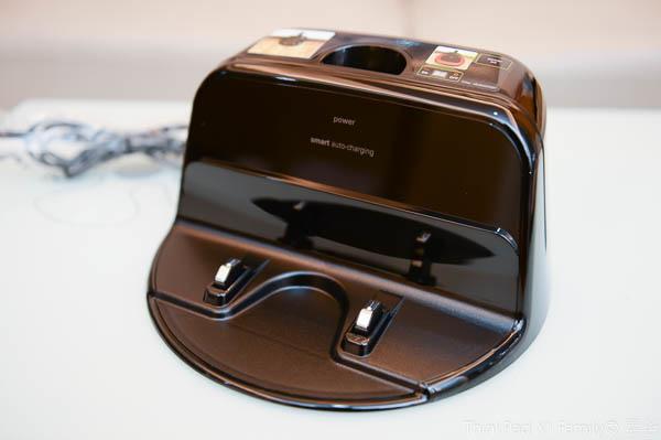 LG 雙眼小精靈-掃地機器人(VR64701LVM)-12