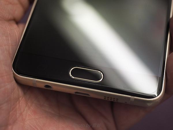 galaxy A7(2016)螢幕保護貼+全機包膜-140