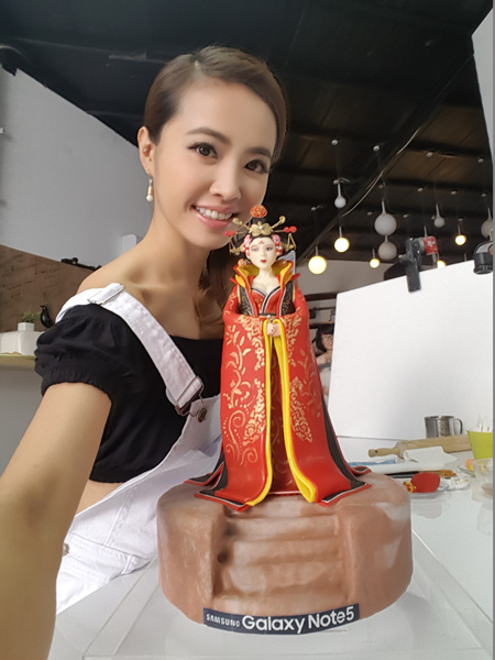 超精緻的五官搭配唐朝經典服飾 Jolin皆巧手細膩詮釋