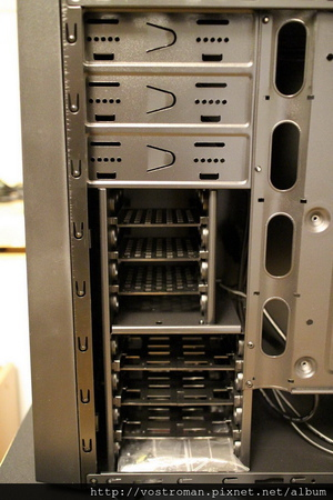 BitFenix Neos-20.JPG