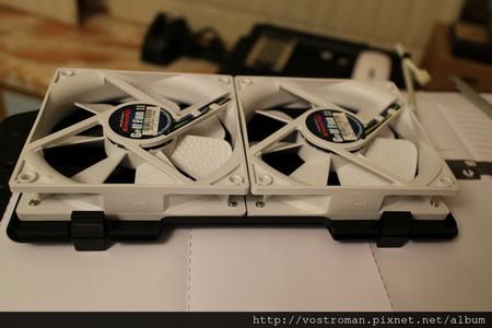 BitFenix Neos-37.JPG